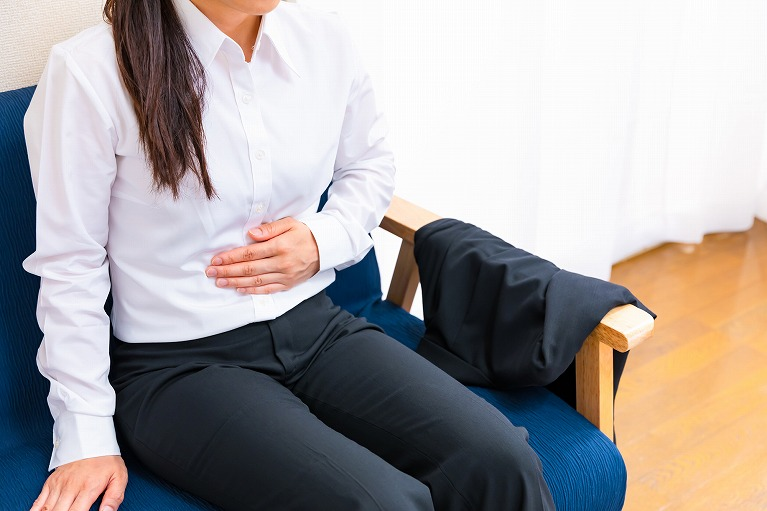 胃が気持ち悪い…胃もたれがあるのは胃の病気!?